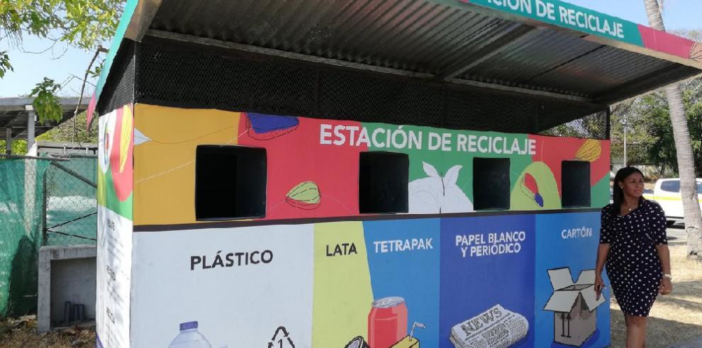 Instalan estación para reciclaje en el Biomuseo de Panamá