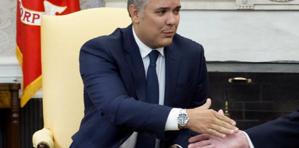 EE.UU. ve 'retrasos' en lucha antidrogas colombiana