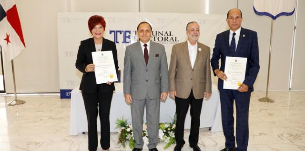 Tribunal Electoral completa la entrega de credenciales a diputados