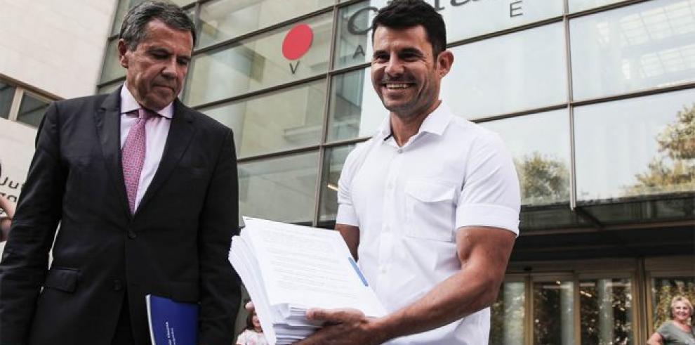 Julio Iglesias recurrirá su causa de paternidad y descarta la prueba de ADN