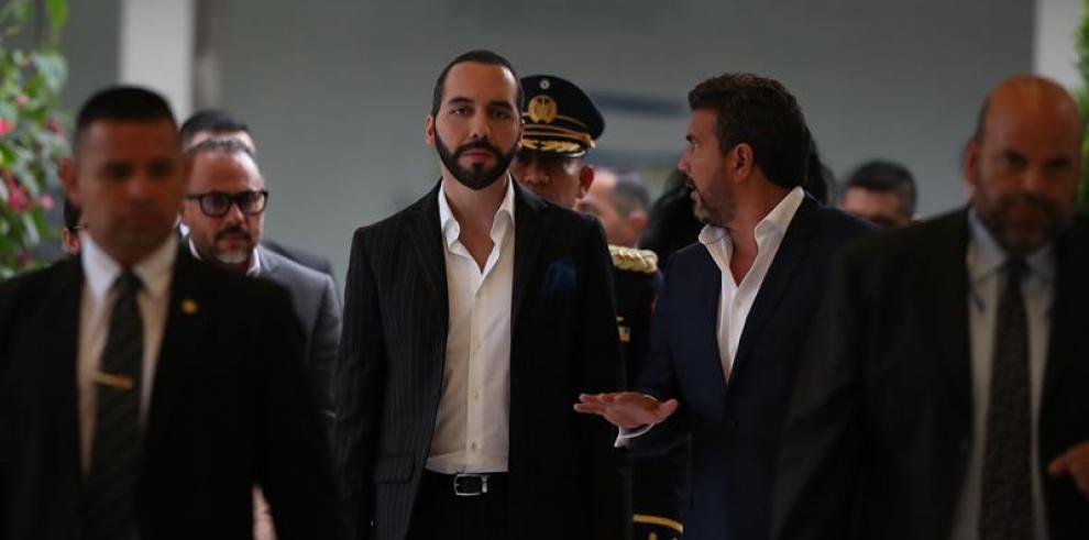 Presidente de El Salvador recibirá el lunes a víctimas de masacre El Mozote