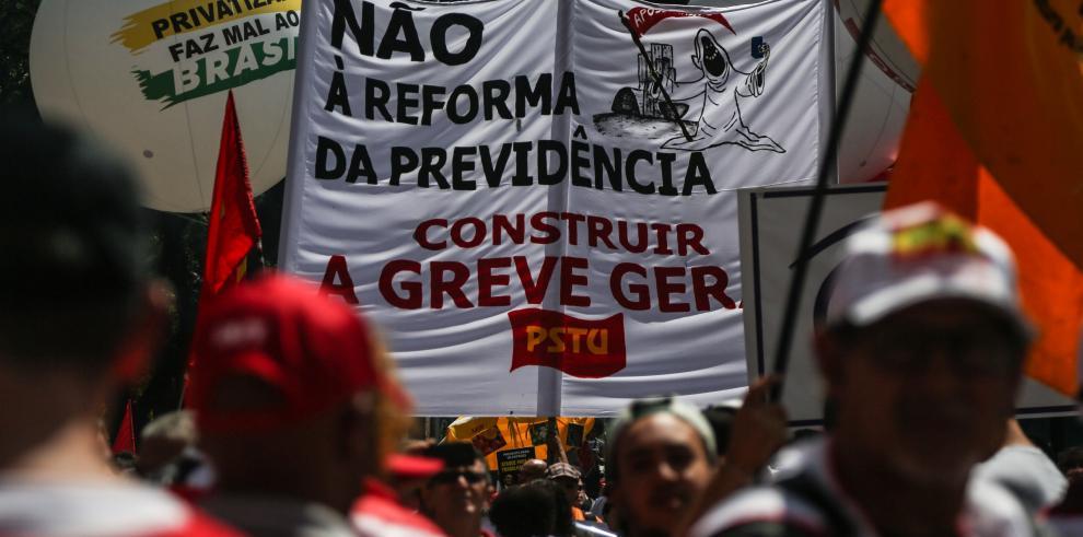 Bolsonaro dice que reforma de las pensiones