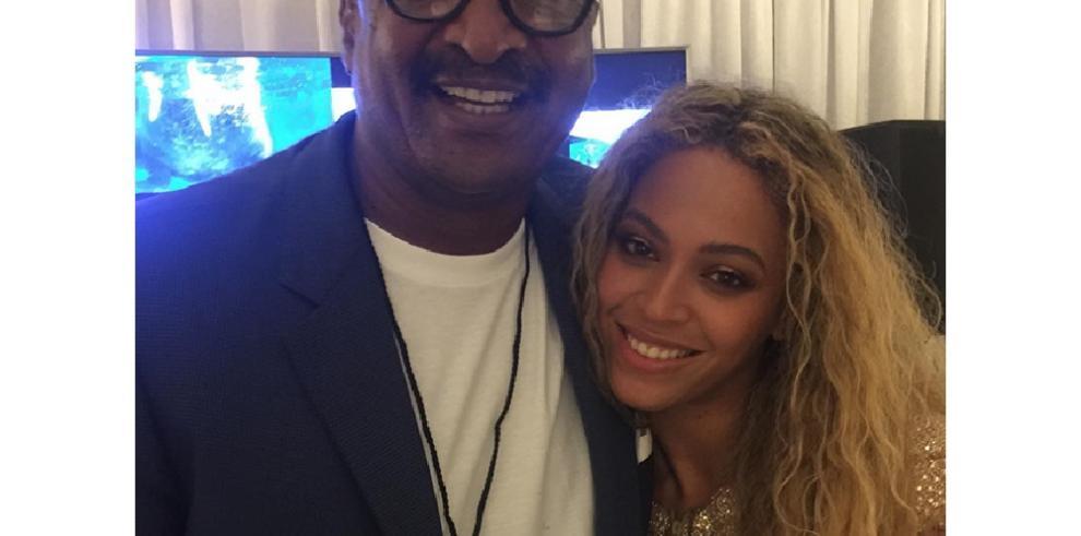 El padre de Beyoncé prepara un musical sobre la cantante sin su autorización