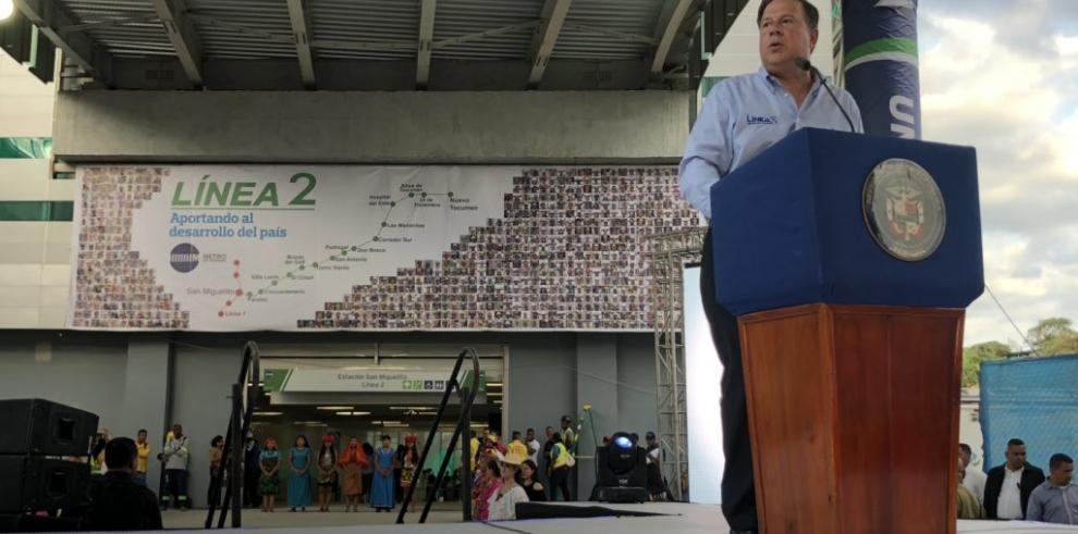 Varela pone en funcionamiento la Línea 2 del Metro
