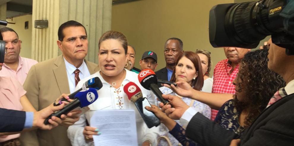 Recusan a magistrados Juncá y Escoffery, en impugnaciones a candidaturas de Martinelli