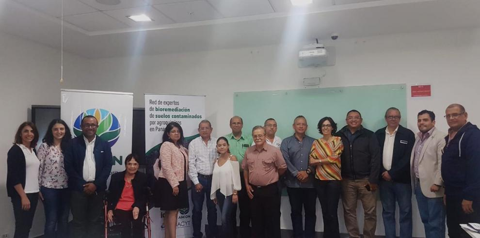 Crean red de expertos en bioremediación de suelos contaminados