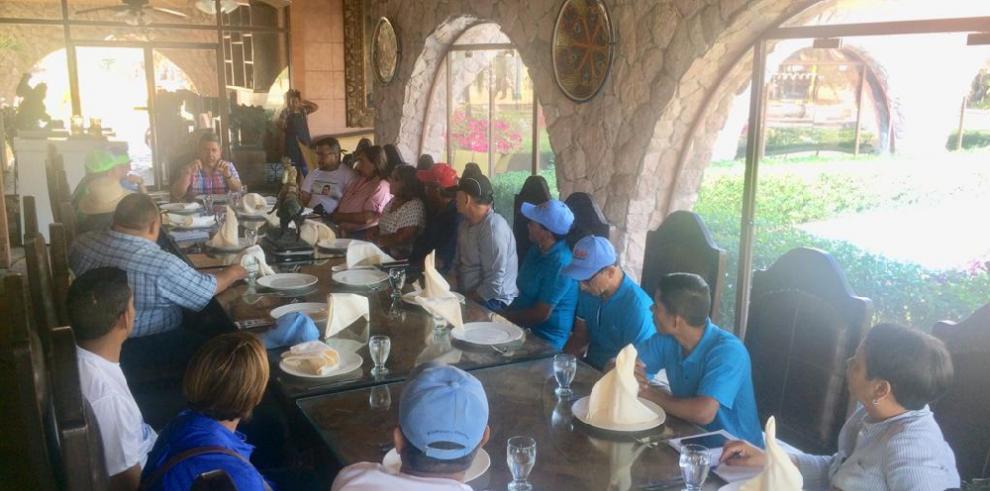 Movimiento de apoyo a Gómez coordina acciones en Coclé