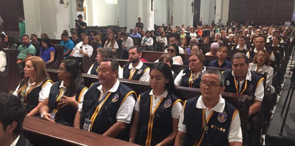 Ulloa oficia misa por las elecciones en la Catedral Basílica Santa María la Antigua