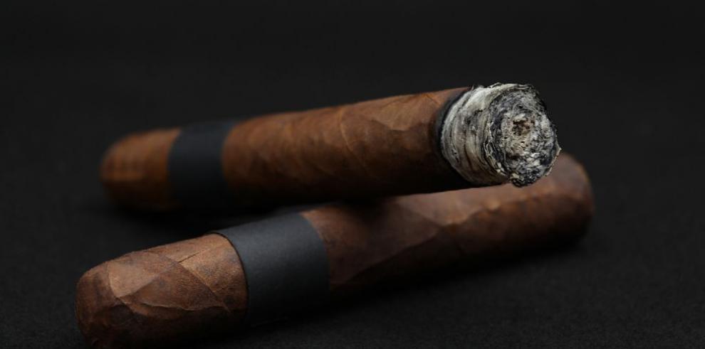 Nueva York prohíbe la venta de tabaco en las farmacias