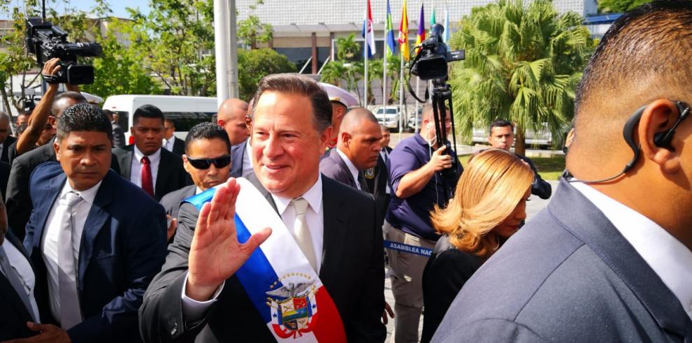 Varela llega a la Asamblea Nacional para dar su último discurso