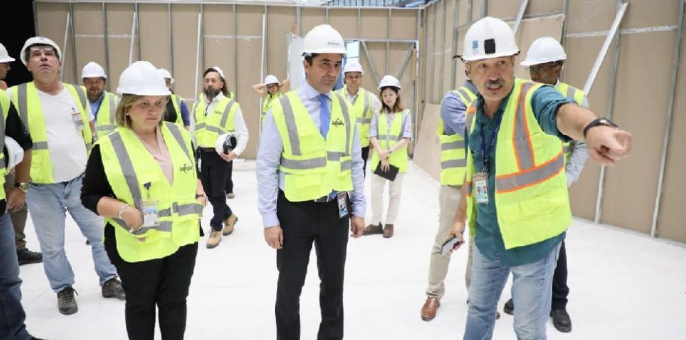 Nuevo gerente del Aeropuerto de Tocumen verifica el avance de las obras