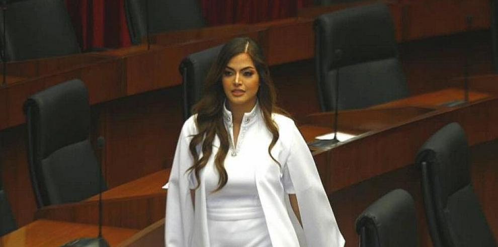 Presión baja, la causa del desmayo de la diputada Génesis Arjona