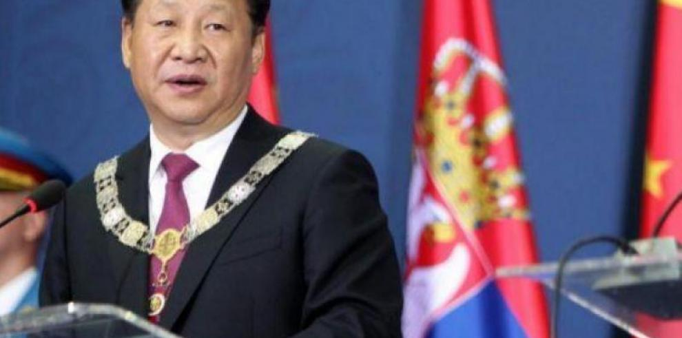 China emite una alerta de viaje a EEUU por