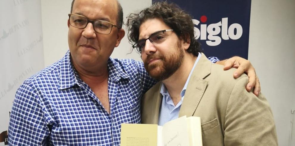 Demían Bucay presenta su primer libro 'Mirar de Nuevo'