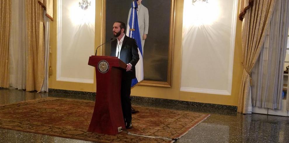 ¿Por qué El Salvador dejó de reconocer a una república virtual?
