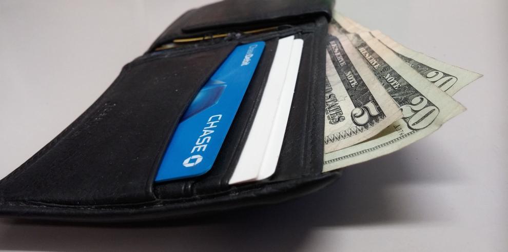 La gente devuelve más billeteras