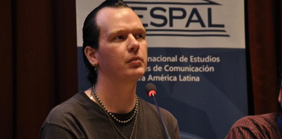 Defensa informático ligado a Wikileaks espera que Ecuador responda a grupo ONU