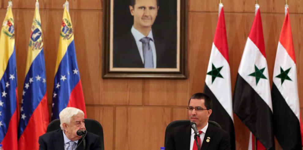 Al Asad compara la situación de Siria con la de Venezuela por las ingerencias