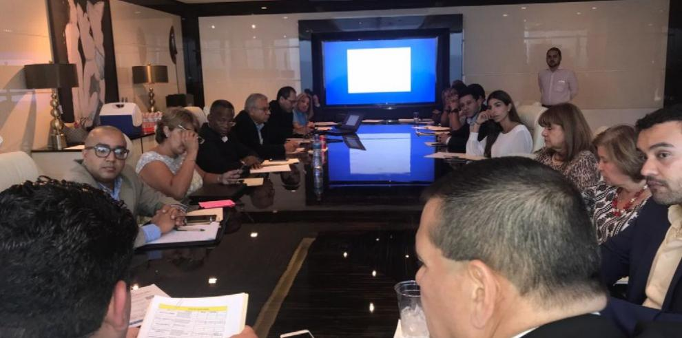 Comisiones para plan municipal de Martinelli