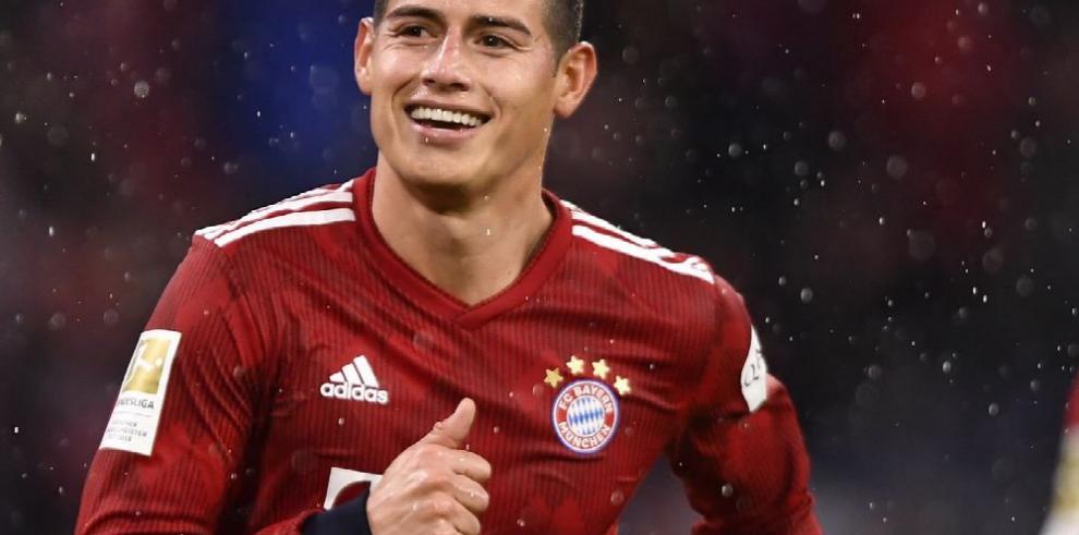 James Rodríguez mete tres goles y encarrila al Bayern a gran goleada