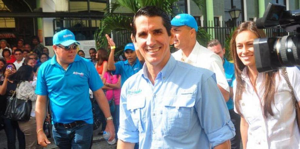 TE rechaza impugnación contra Rómulo Roux presentada por Rodrigo Sarasqueta