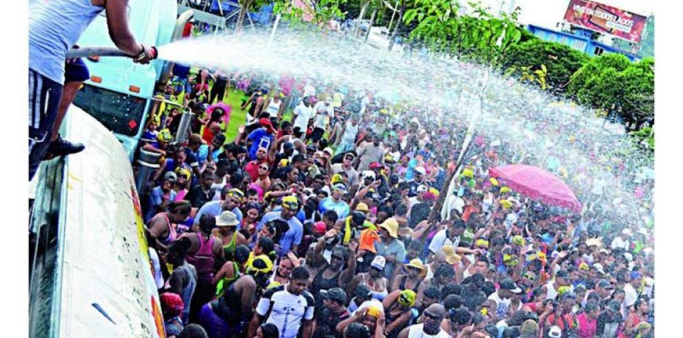 Ministro Mayo pide 'protección' en relaciones sexuales durante carnavales