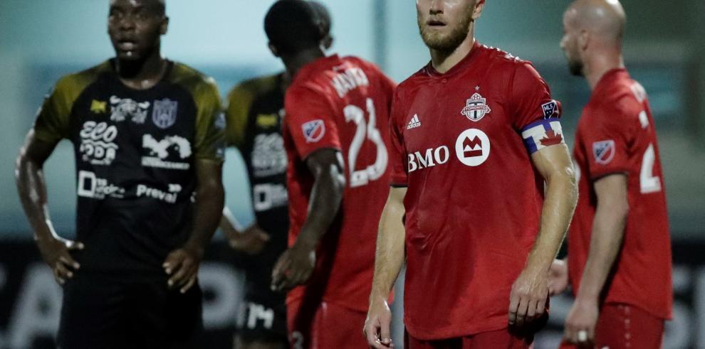 El CAI panameño golea al Toronto F.C. en su debut en torneo Concacaf