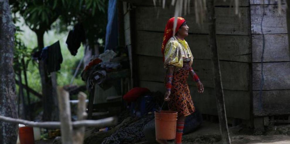 Pobreza puede empujar a 50% de indígenas latinoamericanos a migrar a ciudades