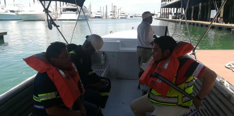 Autoridades investigarán mortandad de peces