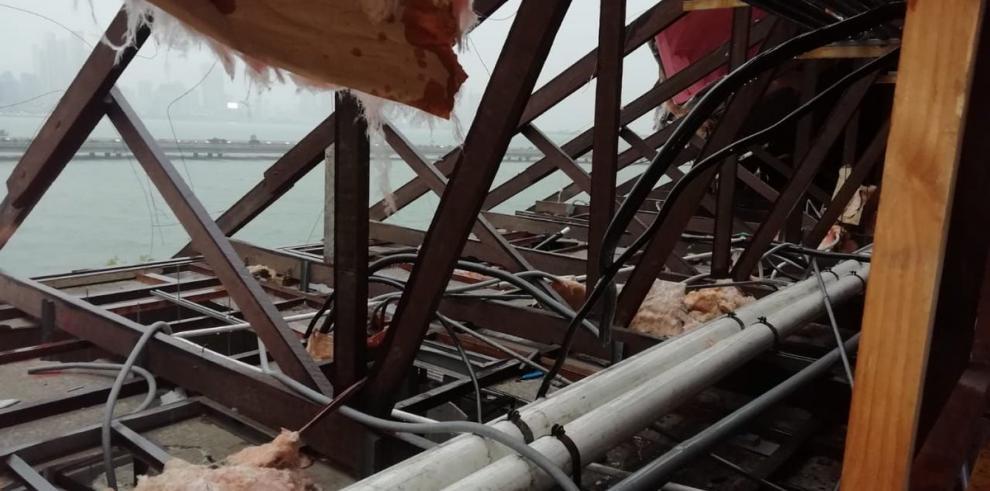 Fuertes lluvias ocasionan daños en la Cancillería