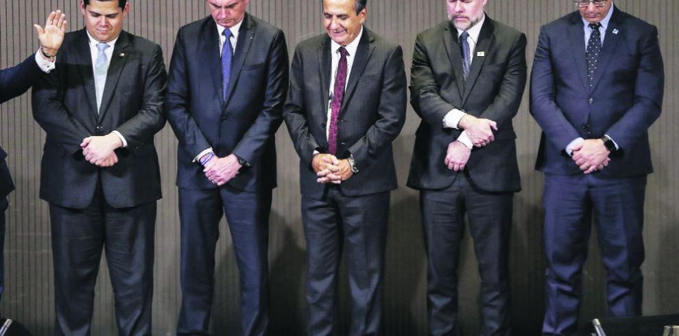Bolsonaro, la oposición y la prensa se unen contra la censura del Supremo