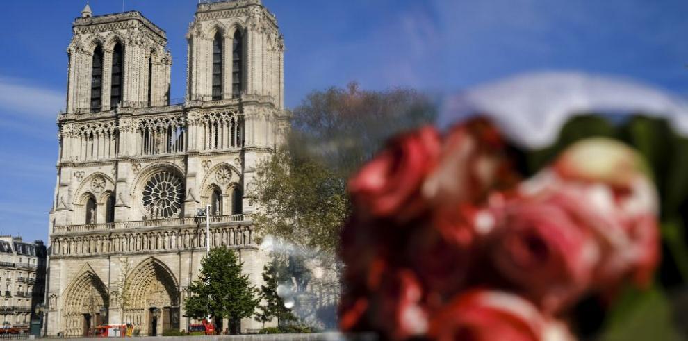 Franceses se preparan para la reconstrucción de Notre Dame