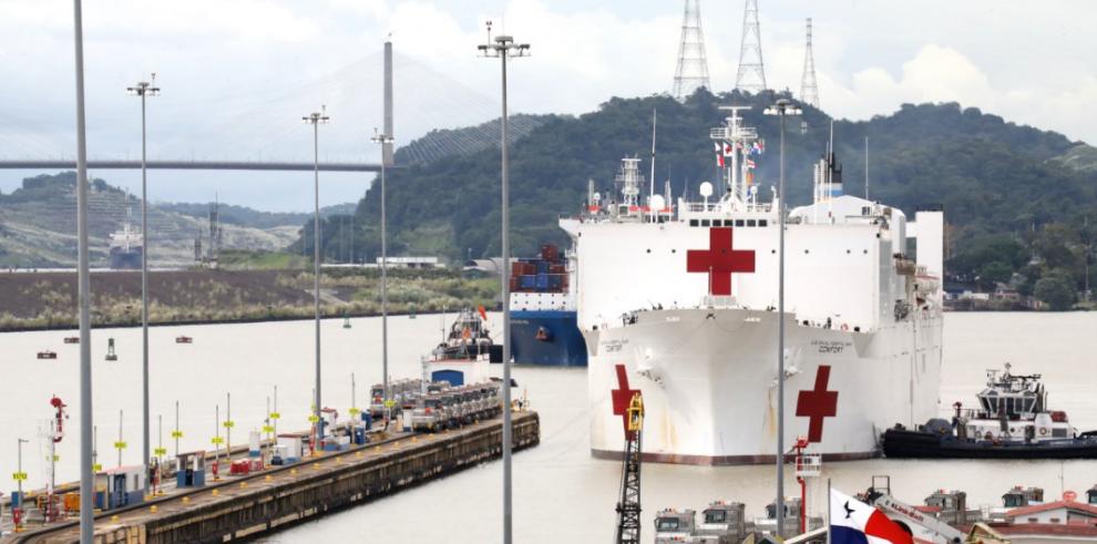 Buque Hospital USNS Comfort llega por cuarta vez en Panamá para brindar asistencia médica