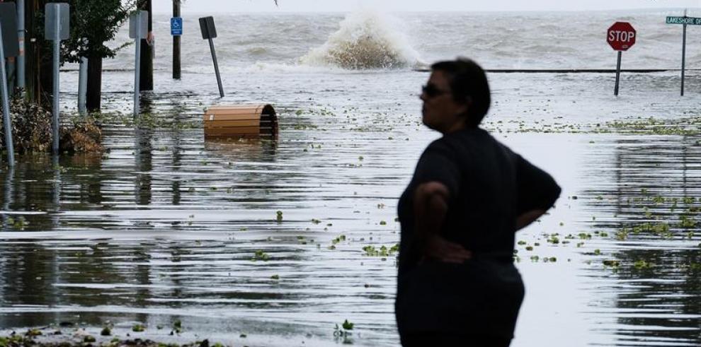 Barry se degrada a depresión tropical en EEUU, pero sigue riesgo inundaciones