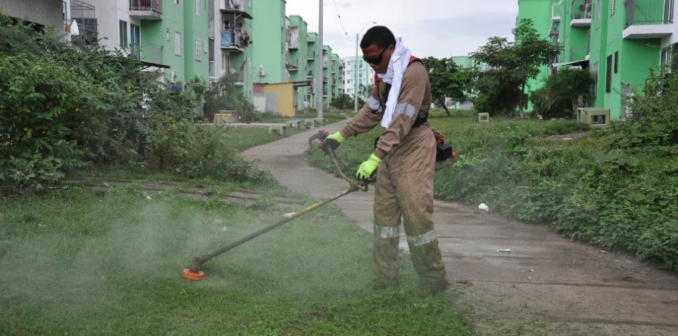 Realizan operativo de limpieza en Curundú
