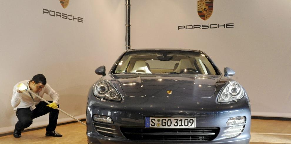 Porsche retirará 57,200 vehículos en China
