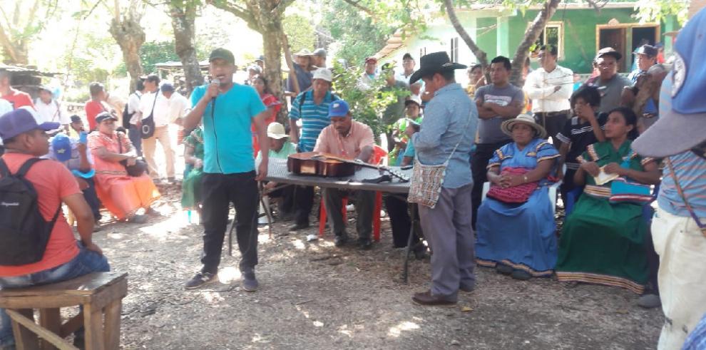 Bejerano Ríos visita Soloy en la comarcaNgäbe-Buglé