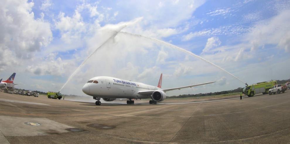 El Boeing 787-9 Dreamliner de Turkish Airlines llega a Tocumen