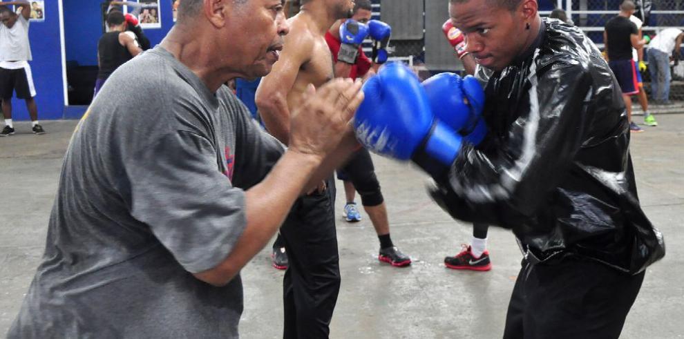 El boxeo profesional en Panamá se sostiene en grandes esfuerzos