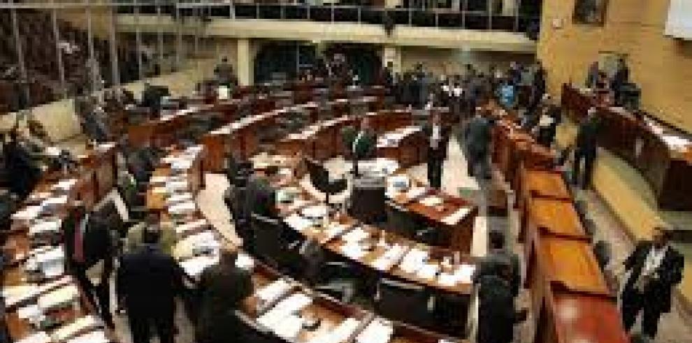 Transparencia: contrapropuesta del presidente de la Asamblea mantiene votación secreta y a golpe de curul