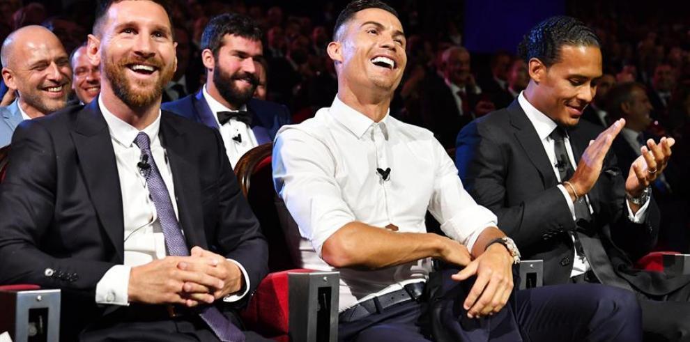 Cristiano, Messi y Van Dijk, finalistas al premio FIFA