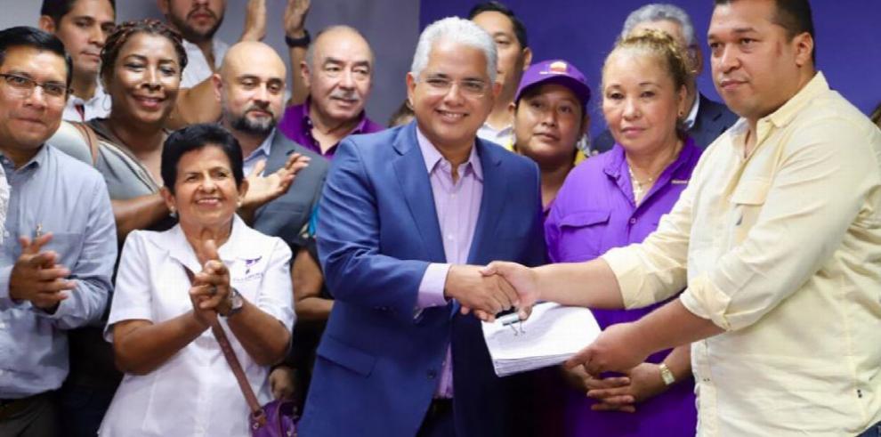 Blandón impulsa iniciativa para reformar estatutos del panameñismo