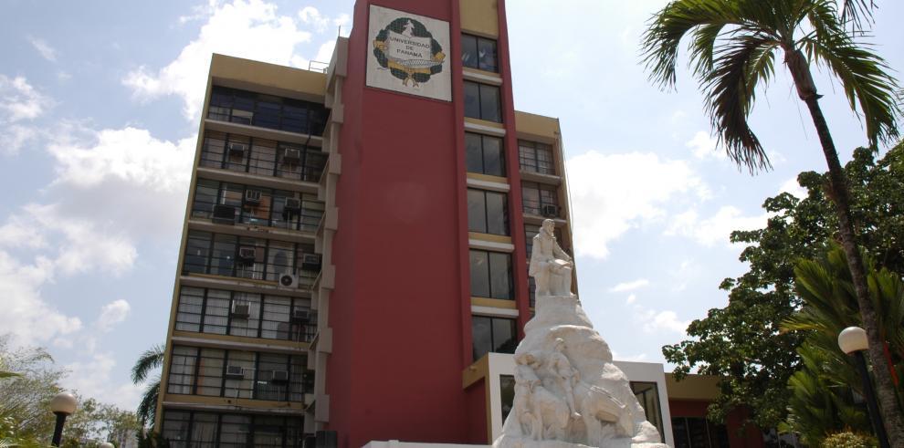 Consejo Académico de la UP exige derogar decretos que igualan estudios con experiencia laboral