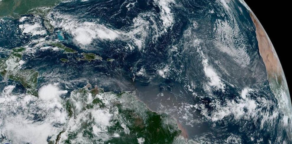 Se forma depresión tropical y amenaza zonas devastadas por Dorian en Bahamas