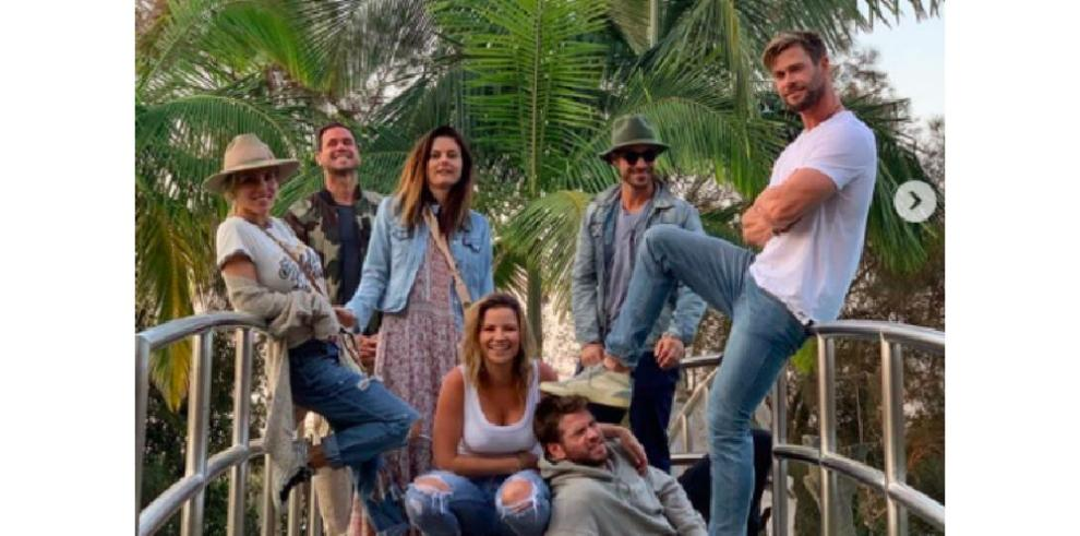 Liam Hemsworth se apuntaba a la última escapada vacacional de su hermano Chris y Elsa Pataky