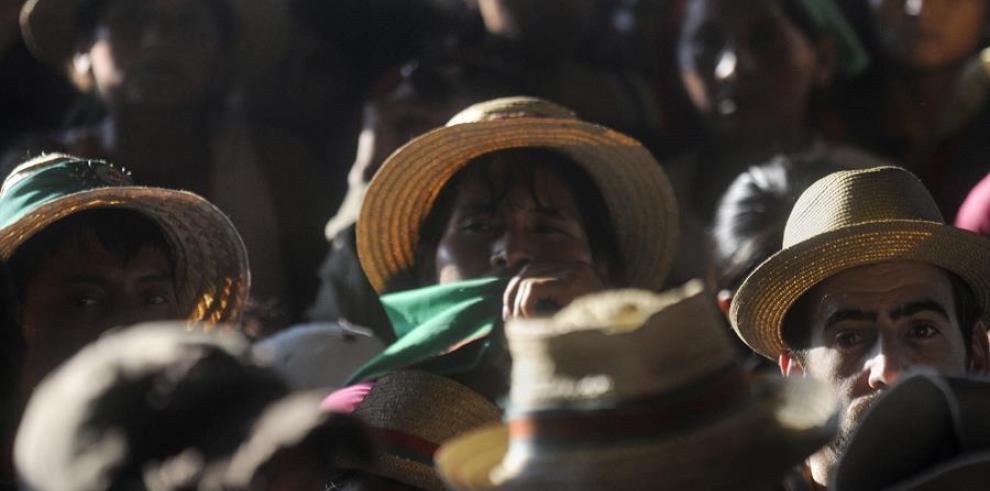 OCHA alerta confinamiento de 4,000 indígenas en Colombia por combates armados