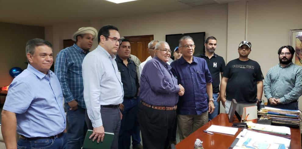 Mida y porcinocultores alcanzan acuerdo sobre medidas ante alerta sanitaria