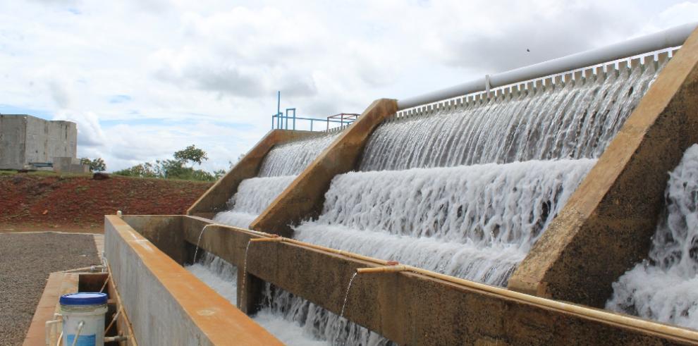 Suspenden clases en escuelas por falta de suministro de agua en Arraiján