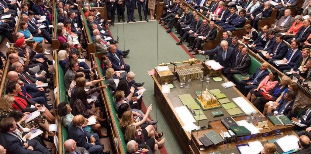 La Cámara de los Comunes aprueba la ley para bloquear un
