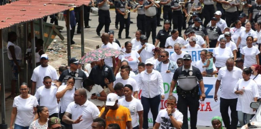 Calidonia clama por paz y pide un alto a la violencia